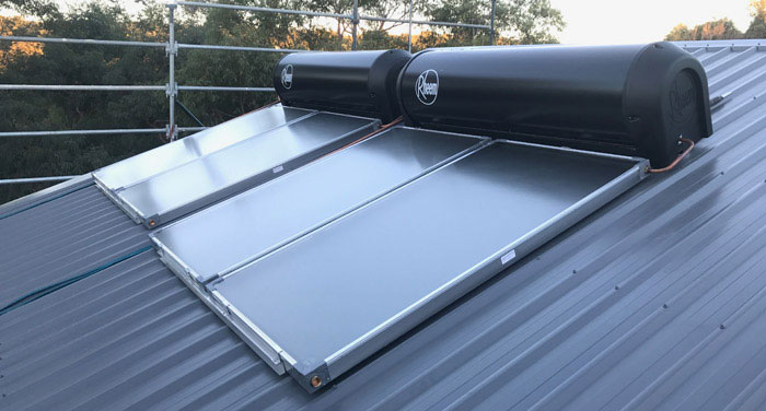 solar hot water kings langley